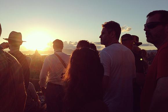 シュエサンドー・パゴダ頂上からの夕日