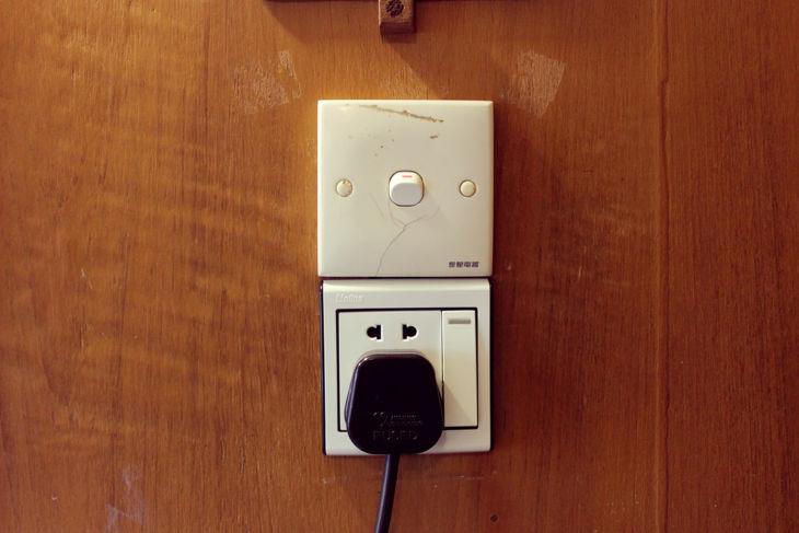 タンテ・ホテル 電源コンセント